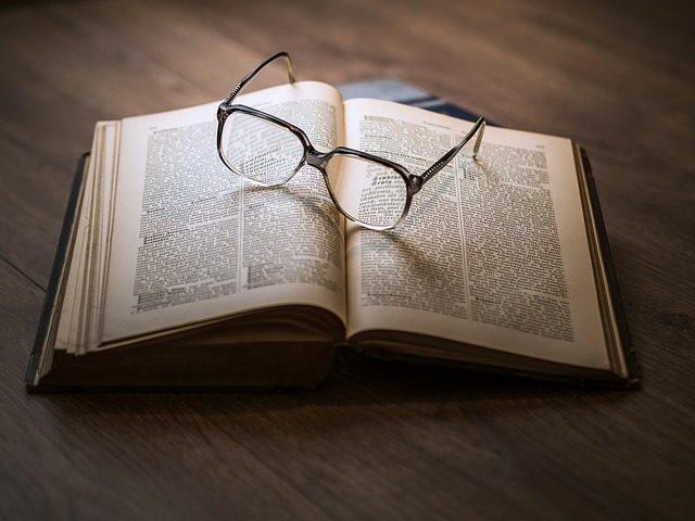 book-and-glasses